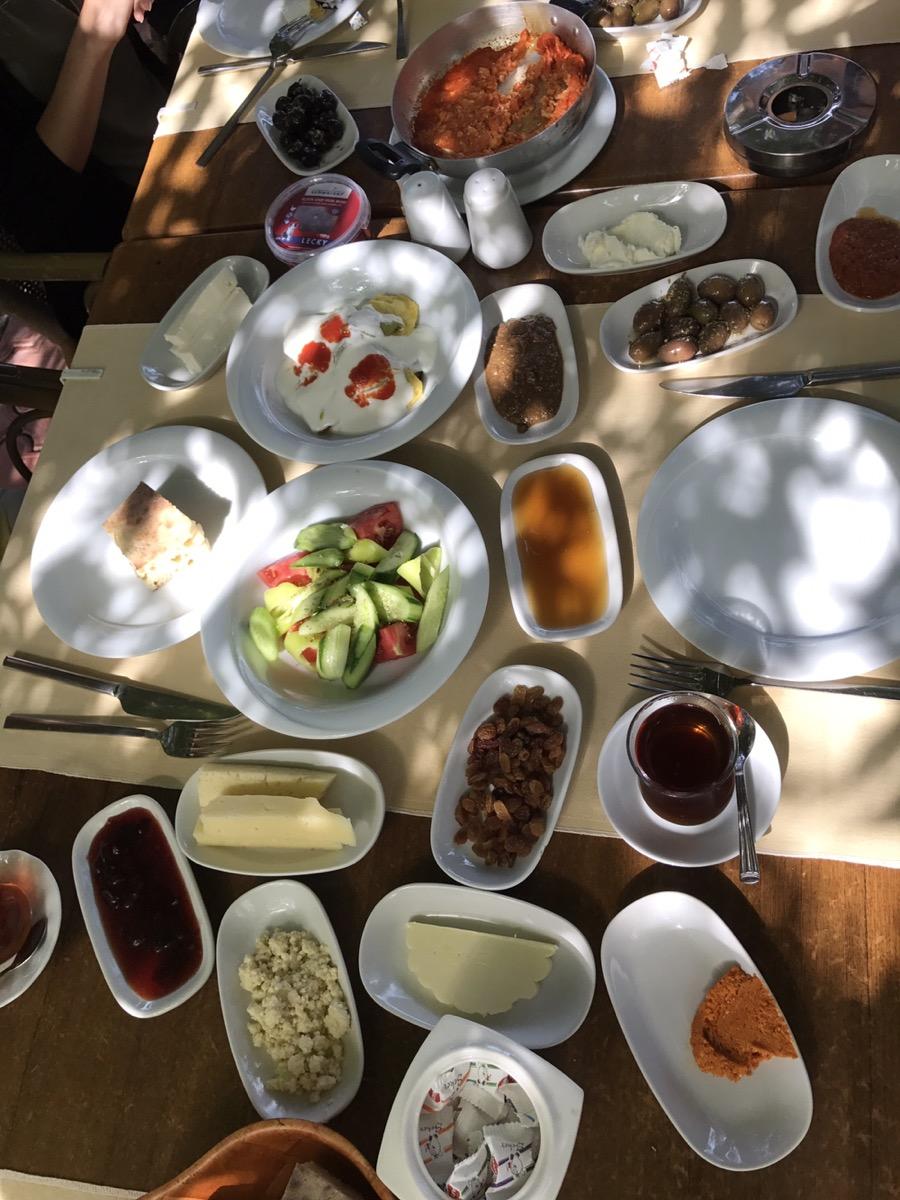 Kahvaltı - Frühstücken auf Türkisch