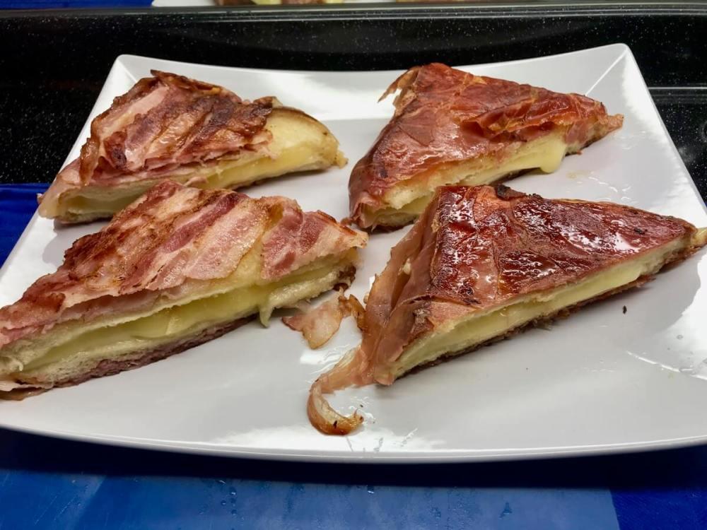 Speck-Raclette-Toast